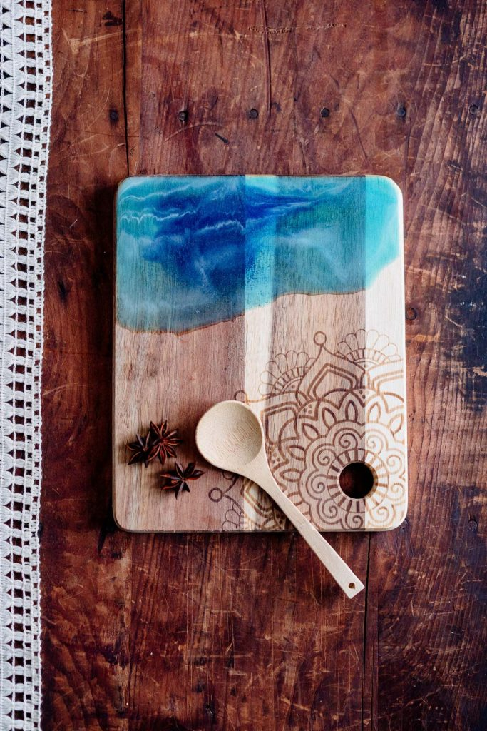 resin pour art chopping boards swansea