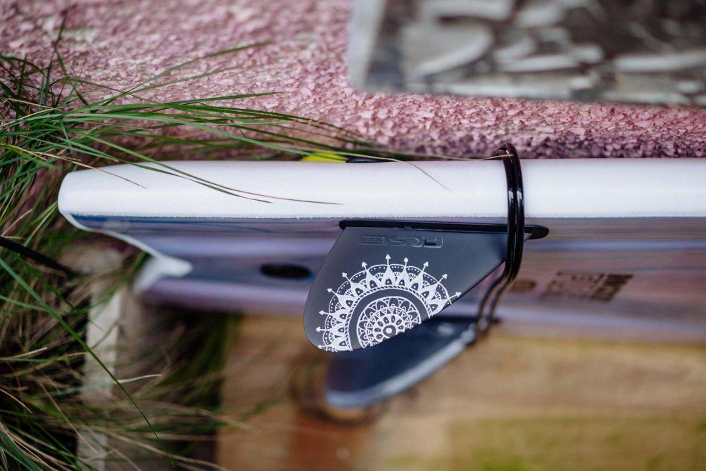 surfboard fsc keel fin mandala painting